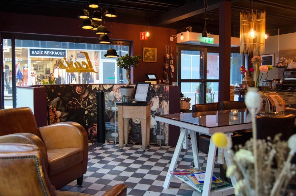 Hotspot Lewis Book Café interieur