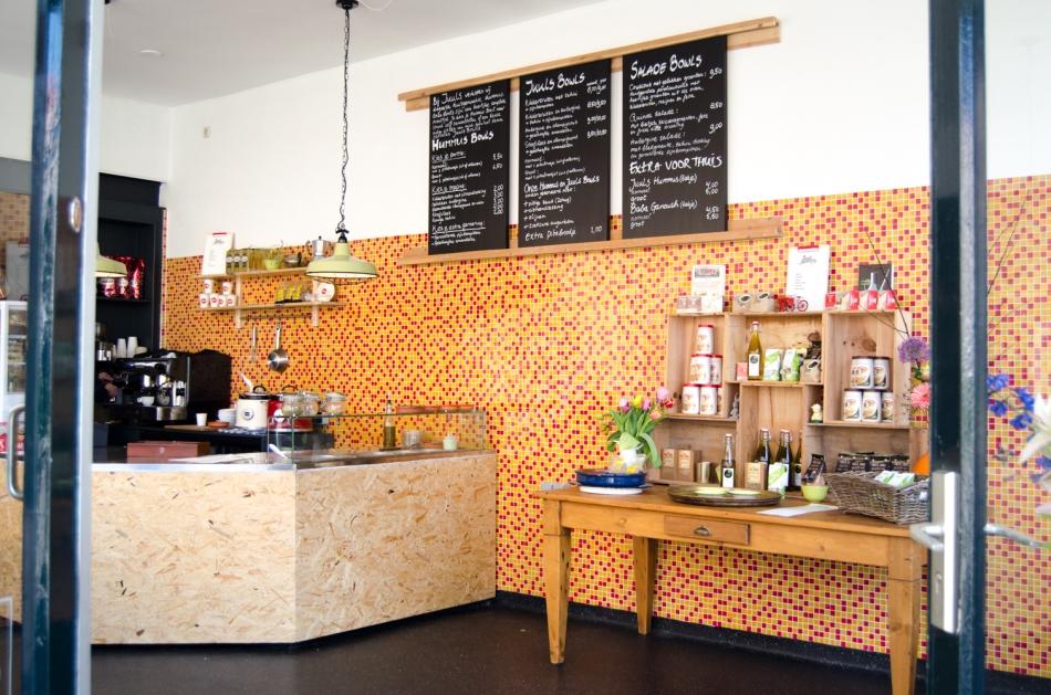 Hotspot Utrecht Juuls Hummus binnen
